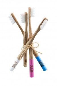 Family pack of bamboo brushes helps you save on costs! Buy bulk